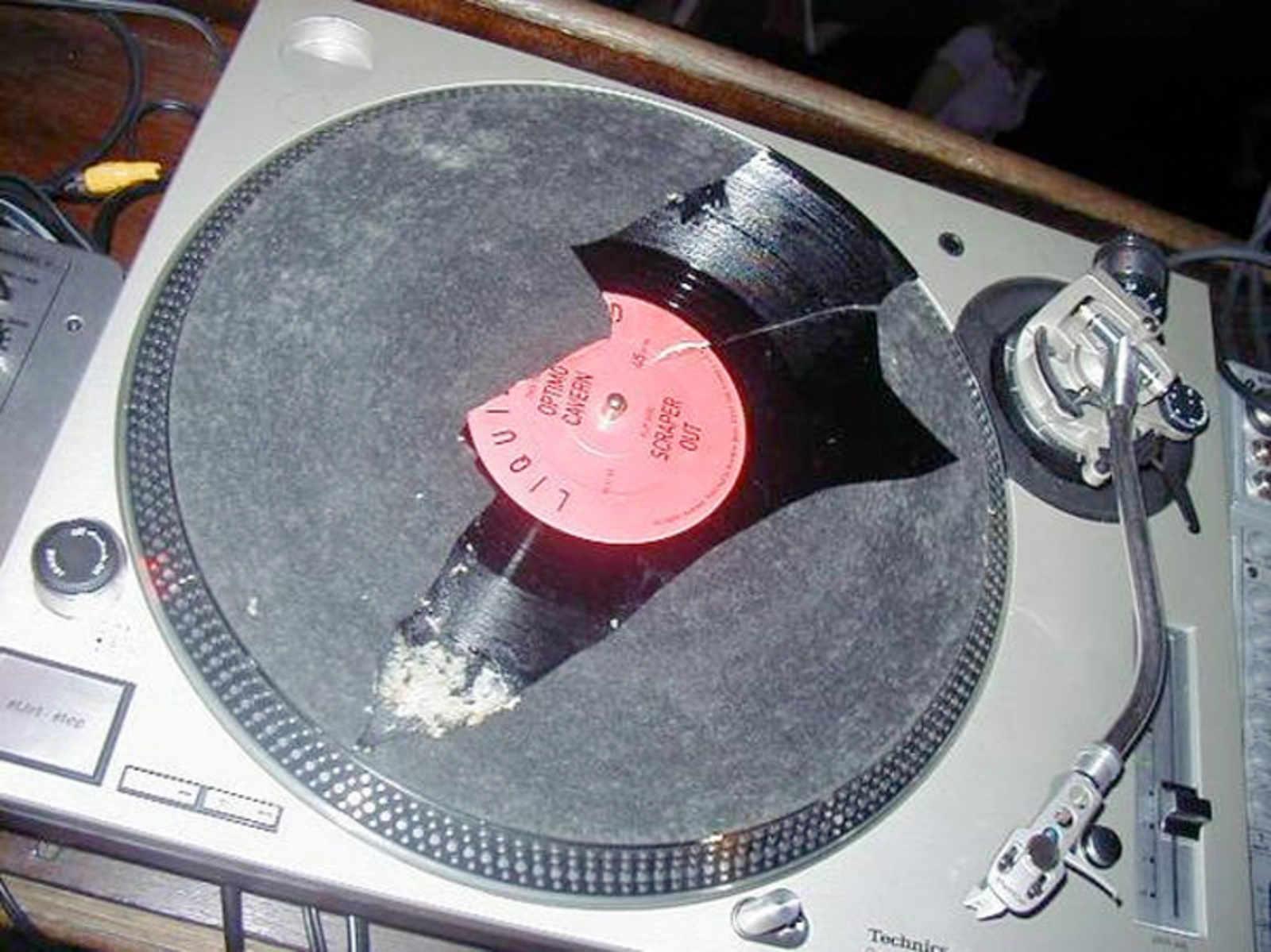 casanova-broken-record.jpg